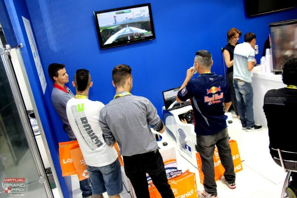 Feira Automec Simuladores F1