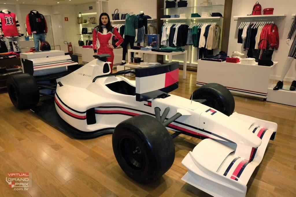 Simulador F1 max Tommy Hilfiger - Lewis Hamilton (10)