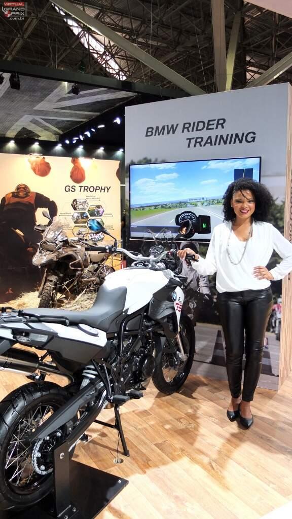Simulador de Moto BMW